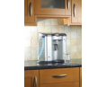 Настольный кулер, поставленный на кухонную поверхность не заденет шкафчиков