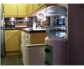 Напольный кулер поместится  даже в маленькой кухне